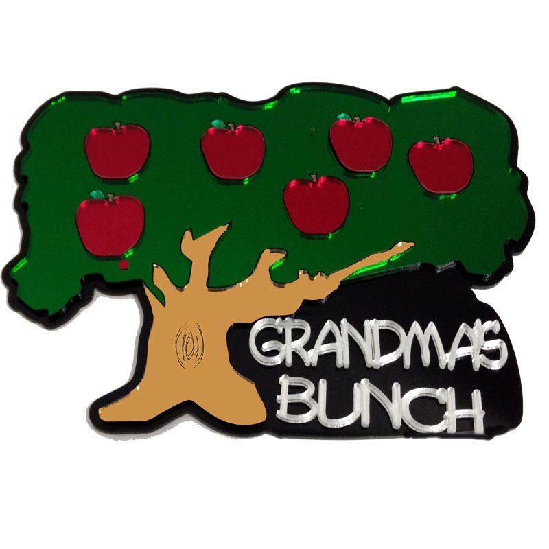 Grandma's Bunch Engravable Apple Tree